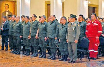 Montero asume como Comandante de la Policía y pide parar ofensas