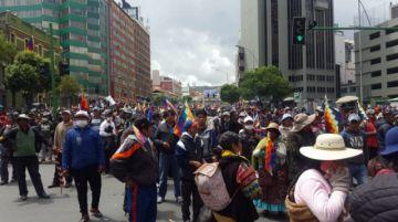 Marcha de El Alto llega al centro de La Paz