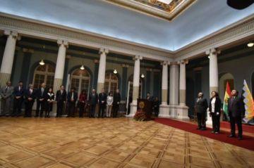 Cuerpo diplomático saluda a la nueva canciller Karen Longaric