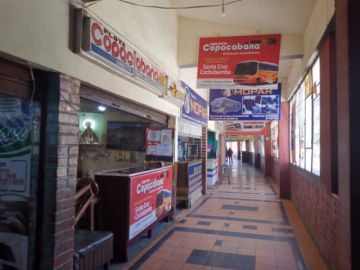 Sucre: La Terminal de Buses sigue sin operar por los bloqueos