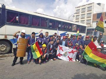 Delegación cívica sigue retenida en Potosí