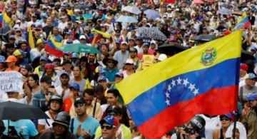 Maduro y Guaidó miden sus fuerzas en Caracas