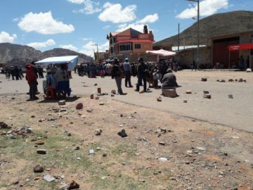 Bloqueos afectan a municipios del Centro y Norte chuquisaqueño