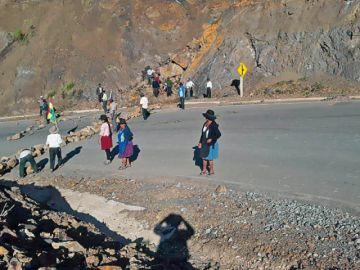La Futpoch se abre al diálogo pero carreteras siguen cortadas