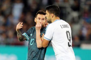 Messi y Suárez empatan