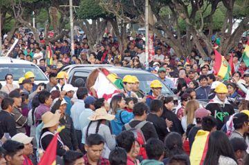 Cabildo ratifica la demanda de renuncia de autoridades