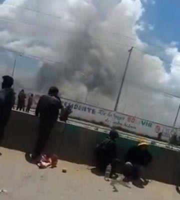 Video muestra columnas de humo en predios de YPFB