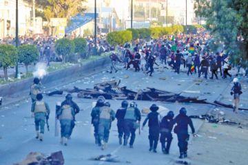 Continúan los enfrentamientos en Cochabamba