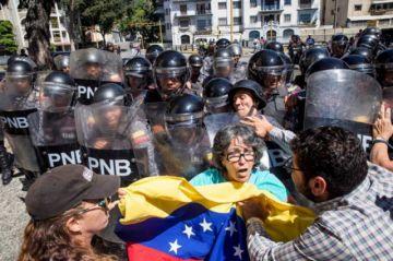Protesta de Juan Guaidó tuvo escasa participación