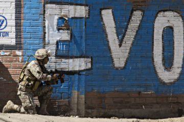 Maduro da 72 horas a agregados militares de Bolivia para abandonar Venezuela