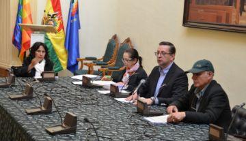 Comisión que trata proyectos de ley para nuevas elecciones entra en cuarto intermedio