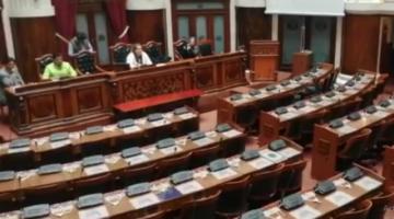 UD y el MAS perfilan sesión en Diputados y critican suspensión de Fernández