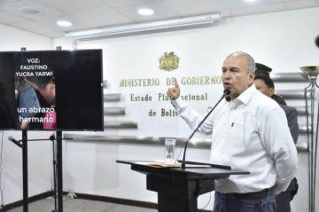Ministro exhibe video de llamada de Evo y le acusa de cometer delitos de lesa humanidad