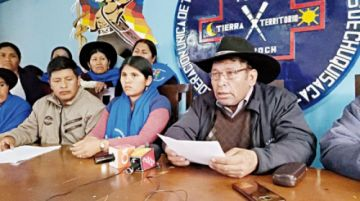 Urgente: Campesinos de Chuquisaca levantan bloqueo de caminos
