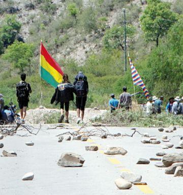 Vuelve la conexión con Potosí y Cochabamba temporalmente