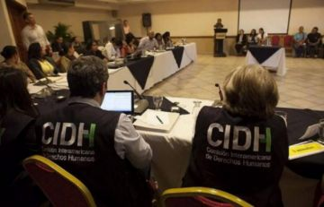 """Relatoría de la CIDH pide a autoridades bolivianas no """"estigmatizar"""" a periodistas"""