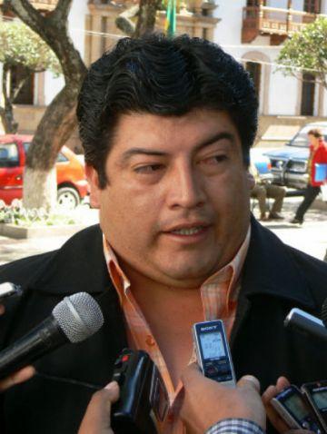 Alcalde de Huacareta: Policía buscó armas en mi casa, no al exministro Quintana