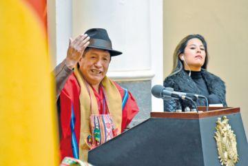 Quispe anuncia auditoría en Fondo Indígena