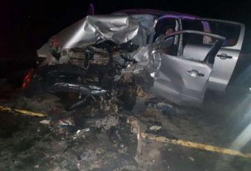 Colisión frontal deja cuatro fallecidos en la carretera Oruro-Potosí