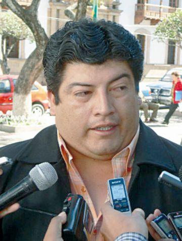 Huacareta: Policía buscó armas en casa del alcalde