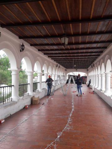 Arrancan los trabajos de iluminación navideña en Sucre
