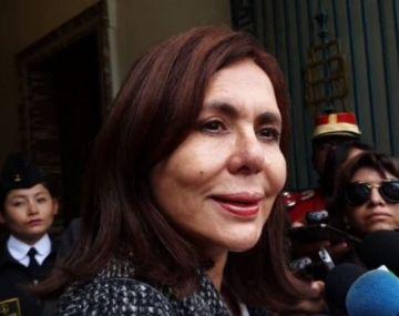 Canciller informa que el exministro Luis Arce y su esposa recibirán salvoconductos