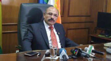 Ministro de Salud: De 702 personas pagadas como médicos cubanos, solo 205 tenían título