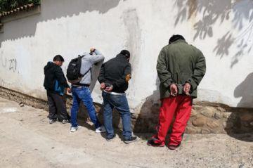 Policía detiene a cuatro personas por presunta suplantación de identidad