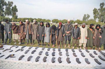 Trump reabre negociación con talibanes