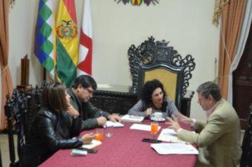 Alcaldía y FNDR acuerdan impulsar proyectos para Sucre