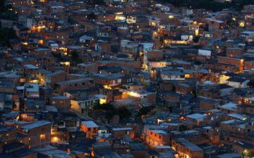 Una macrofiesta en favela brasileña acaba en tragedia