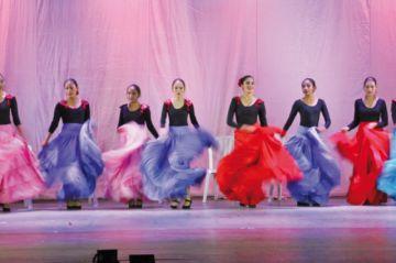 Escuela Marina Prudencio ofrece  espectáculo solidario de danza
