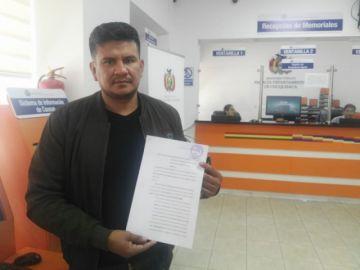 Denuncian a Esteban Urquizu por uso indebido de influencias