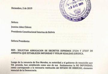 """Exministros de """"Goni"""" piden a Áñez que abrogue los decretos de amnistía de 2003"""