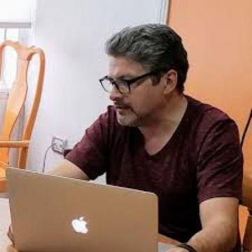 Carlos Olivera asume como nuevo director de la Agetic