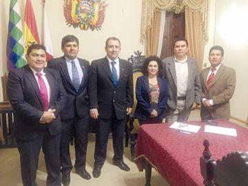 Los Bolivarianos podrían retrasarse  para el 17 de octubre