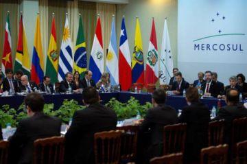 """Mercosur: Uruguay pide activar la """"cláusula democrática"""" contra Bolivia"""