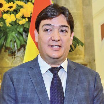 Jura José María Cabrera como nuevo Procurador