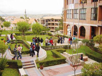 6.244 preuniversitarios  se inscriben a cursos