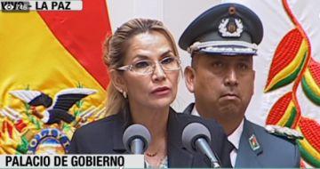 Ministro de la Presidencia asegura que Áñez no será candidata
