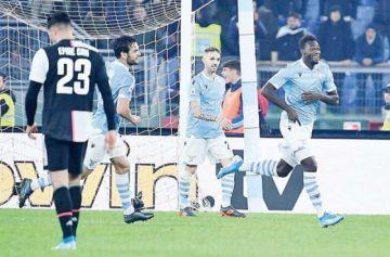 Lazio hunde a la Juve