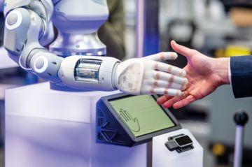 Persona y máquina: Relación laboral presente y futura