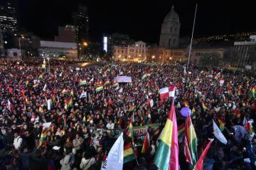 Cívicos piden juicio contra Evo y advierten con cerrar la Asamblea Legislativa