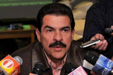 Manfred Reyes Villa  espera retornar al  país el próximo mes