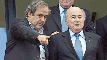 Blatter y Platini en la mira