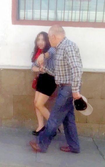 Acosador de mujeres es filmado infraganti en Sucre