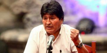 Evo Morales llega a Argentina y solicita refugio