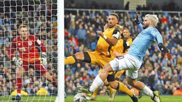 FA Cup: City pasa sin apuros y United va al desempate
