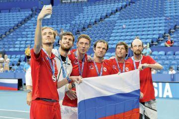 Rusia e Inglaterra a cuartos
