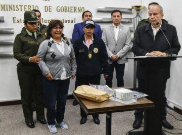 Fiscalía pide cárcel para mujer ligada a Quintana y atrapada con fuerte suma de dinero